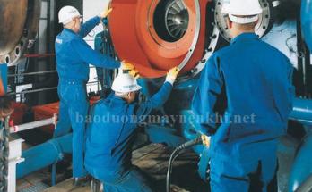 Kiểm tra mắt kính thăm dầu ở máy nén khí