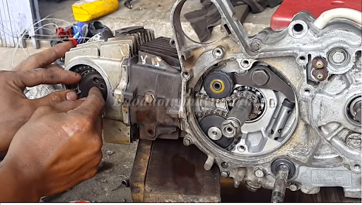 Làm lại hơi xe máy giúp phục hồi công suất động cơ