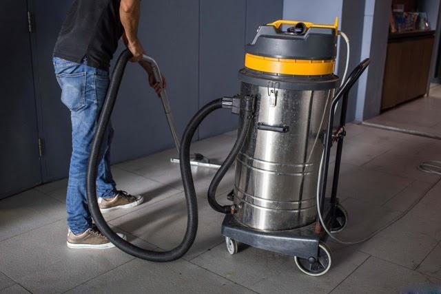 Nhiều linh kiện máy hút bụi công nghiệp đã qua sử dụng có thể bị thay thế